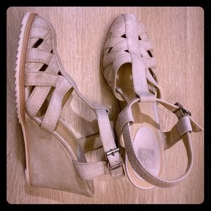 Frye Beautiful Leather Spring Sandals size 10